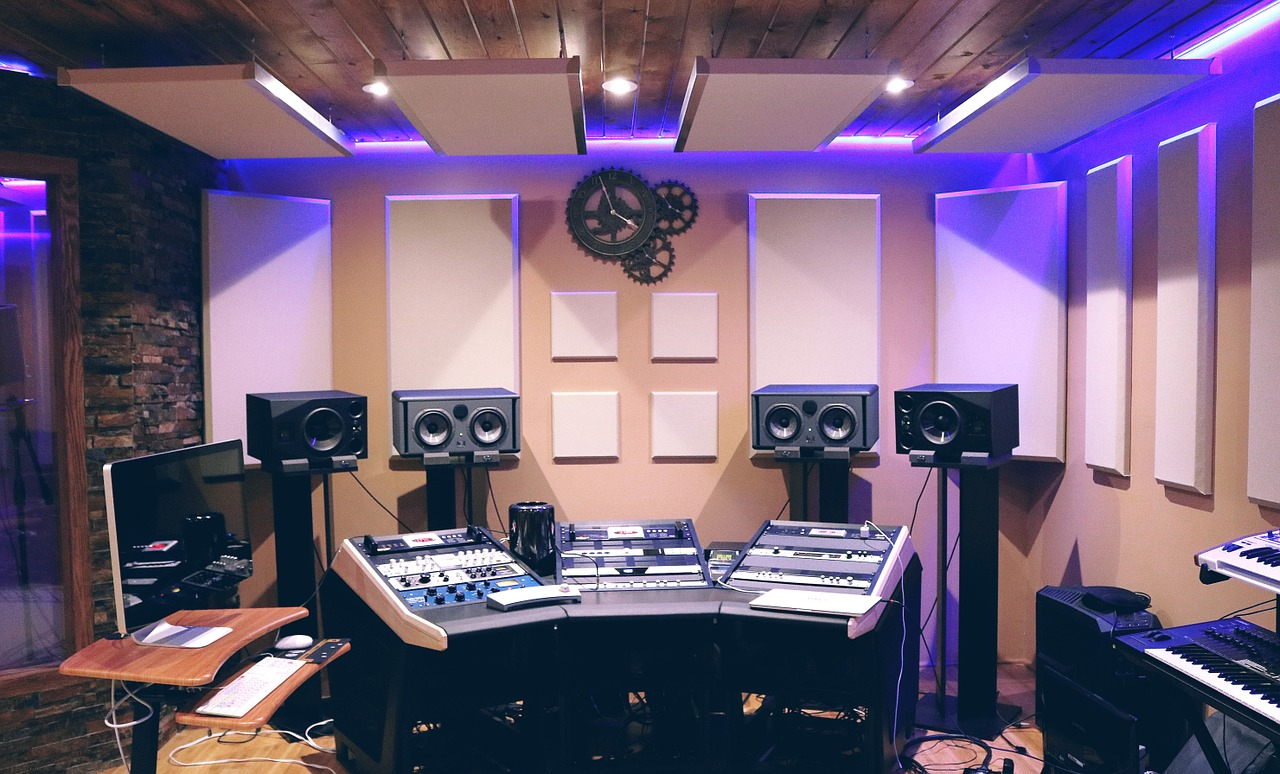 music studio recreational room